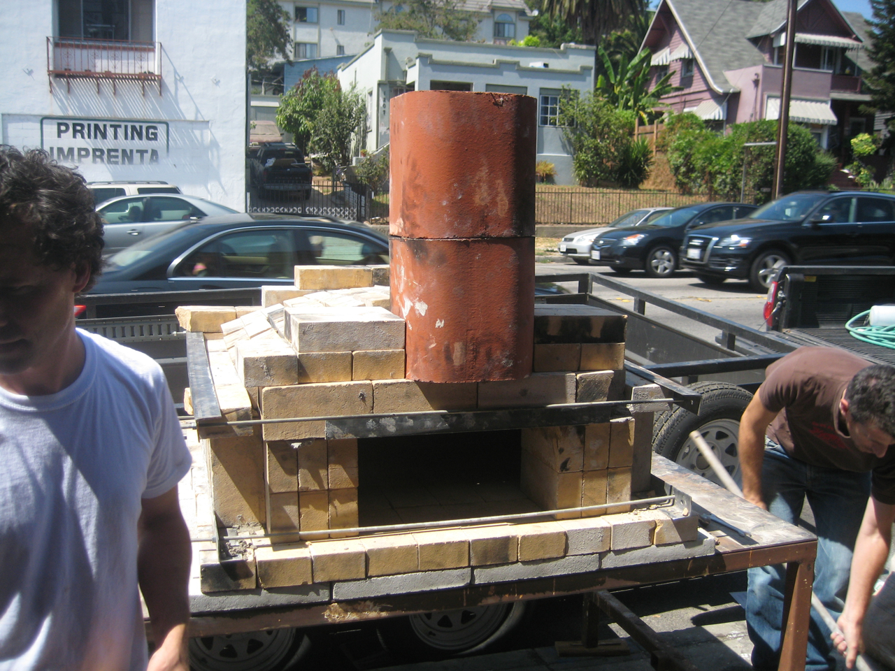 how to build a temporary wood fired brick pizza oven with cheap