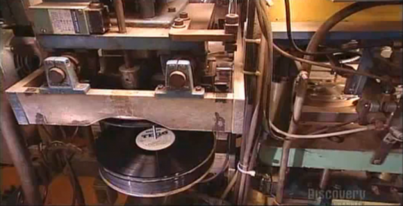 how-vinyl-records-are-made-580x296.png