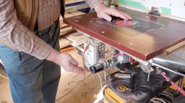 DIY Motorized Router Table Lift Mechanism and Two Other Innovative
